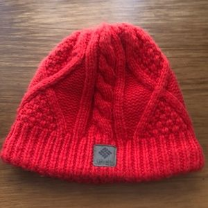 Columbia Tuque- Used once for snowboarding